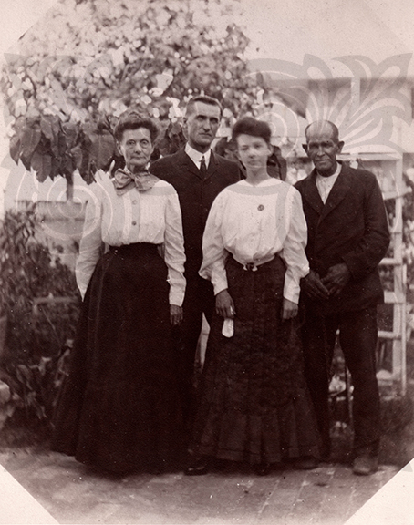 Mary Bethel and Family on Key West Lighthouse Grounds, KWAHS Collection 0000.00.0012